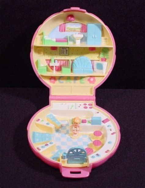 Polly Pocket 1989 Polly's Cafe Compact, Bluebird Toys