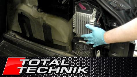 How to Remove Subwoofer and Amp (Avant) - Audi A4 S4 RS4