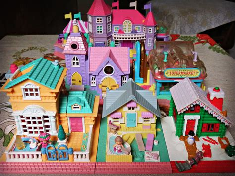 Polly Pocket houses | I don't have many of these house