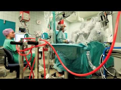 Robot operation - Da Vinci Surgical System - YouTube
