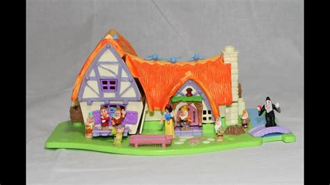 Disney Snow White 7 Dwarfs Polly Pocket Cottage Castle